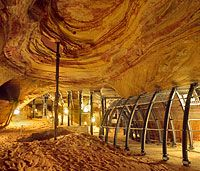Castle Caves in Homburg // Tour one of the  largest castle rock cave (Schlossberghöhle) in Germany. Hours of operations: 0900 - 1700 daily April - October & 1000 - 1600 in November, February, & March. Closed for the months of December & January. Cost: 5 euros adults & 3 euros for children under 16. (Located about 30 mins from Kaiserslautern) // Official link: http://www.showcaves.com/english/de/misc/Homburg.html