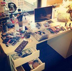 #vanity #desk #makeup #storage #organisation