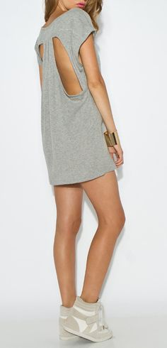 Cut out tunic and sneaks