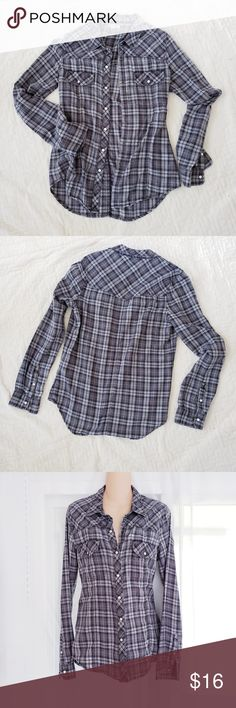 Grey Plaid ROXY Long Sleeve Flannel Shirt Roxy brand gray plaid long sleeve flannel shirt w/snaps. Two snap closure front pockets, and snaps at the sleeve cuffs as well. So comfortable and cozy!  Size medium, fits more like women's small - Measurements upon request!  Excellent pre-owned condition. Only worn a handful of times. Very very minor wash wear, no holes or stains.  Smoke free No trades Questions & bundles encouraged! Roxy Tops Tees - Long Sleeve