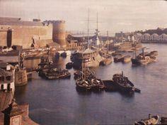 Brest port de guerre, vers 1912,  by Georges-Claudin Gervais. Monuments, Region Bretagne, Gervais, Paris Ville, France, Color Photography, Old Pictures, Brittany, Military