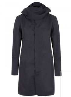 Detachable hood and draped collar, two zip fastening front pockets, button fastening tab at cuffs, three internal pockets, fully lined Concealed button fastenings through front Waterproof, windproof, breathable Fabric1: 100% recycled polyester; fabric2: 100% cashmere; lining: 100% polyester - See more at: http://www.harveynichols.com/mens/categories/designer-jackets-coats/coats/s486181-hooded-twill-coat.html?colour=NAVY#sthash.7Ph1CoJT.dpuf