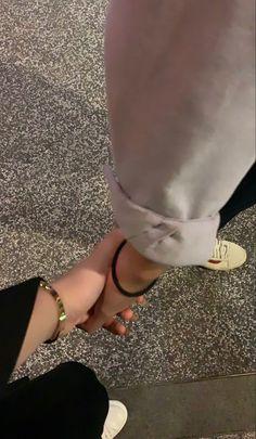 Cute Couples Photos, Cute Couple Pictures, Cute Couples Goals, Couple Photos, Couple Goals Relationships, Relationship Goals Pictures, The Love Club, Insta Photo Ideas, Couple Aesthetic