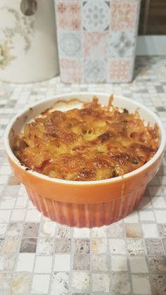 Penne cu sos de rosii si ciuperci al forno Super Mom, Penne, Apple Pie, Desserts, Oven, Tailgate Desserts, Deserts, Postres, Dessert