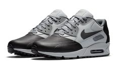Two Tones On This Nike Air Max 90 Premium SE
