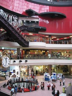 Melbourne Central Shopping Centre with over 300 stores in one building - ate kangaroo and emu at a restaurant right beside the Shot Tower (don't think it's there anymore)