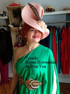 Tocado Mouse Hortensias de Rita Von  #dressing gown #vestido de fiesta # gown #evening dress #hat
