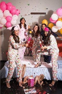 Bride Shower, Bridal Shower Party, Bridal Shower Photos, Spinster Party, Hens Party Themes, Ideas Party, Pyjamas Party, Party Party, Pajamas