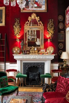 Celebrity, scandal & opulence: Tessa Kennedy's flat 'My grandmother's mirror hangs over the drawing room fireplace, below a painting by English Interior, English Decor, Antique Interior, Classic Interior, European Home Decor, Red Rooms, Red Walls, Red Interiors, Drawing Room