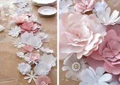 Fleurs sur les tables