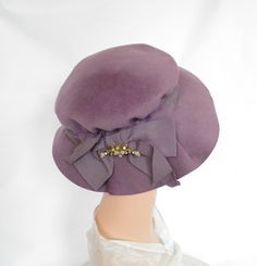 Lavender tilt hat, vintage felt, Marshall Field, wide brim by TheVintageHatShop on Etsy