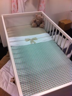 Jollein Little Naturals ledikantdeken mixed mint/sand/off-white - Ikbenzomooi. Toddler Bed, Baby, Mint, Furniture, Home Decor, Child Bed, Decoration Home, Room Decor, Home Furnishings