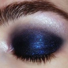 "309 Likes, 8 Comments - Regina (@coolgirlswearmugler) on Instagram: ""Midnight #closeup #beauty #makeuptutorial #makeup #eyemakeup #eyeshadow #brows #beautyshot…"""