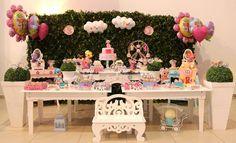 Selecionamos 21 ideias de mesas do bolo para ajudar você a comemorar o aniversário do seu filho de um jeito bem divertido e diferente