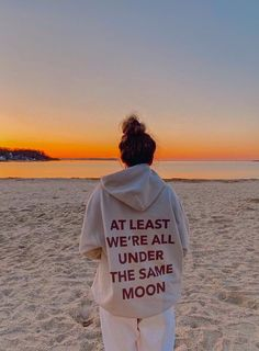 Cute Casual Outfits, Summer Outfits, Under The Same Moon, Estilo Madison Beer, Insta Photo Ideas, Mode Streetwear, Summer Pictures, Summer Aesthetic, Photo Dump