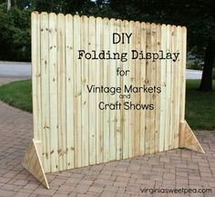 diy folding display for craft shows and markets, crafts, or to hide garbage & recycling cans. Craft Fair Displays, Vendor Displays, Market Displays, Craft Booths, Displays For Craft Shows, Retail Displays, Merchandising Displays, Vintage Market, Craft Font