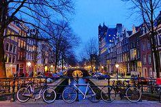 Amsterdam: Offerte Voli Low cost da 50€ A/R Cerchi voli low cost per Amsterdam? Ecco un elenco di voli economici a partire da soli 50€ A/R con partenza da diverse città italiane! Clicca qui e prenota! #amsterdamviaggi #offerteamsterdam #offertevoli #offertevoliskyscanner #skyscanner #skyscannerricercavoli #skyscannervoli #trovavoliskyscanner