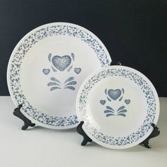 Corelle Blue Hearts Dinner and Bread Plate Corelle Patterns, Blue Hearts, House Warming, Diy Ideas, Decorative Plates, Bread, Dinner, Gifts, Home Decor