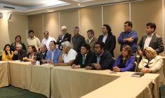 Tarapacá: Comité Político de la Nueva Mayoría dialogará con la presidenta sobre temas que preocupan a la región :http://diarioelnortino.cl/tarapaca-comite-politico-de-la-nueva-mayoria-dialogara-con-la-presidenta-sobre-temas-que-preocupan-a-la-region/
