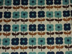 vintage: this is terrifyingly similar to the wall paper I grew up with in my bedroom.... except mine also had pinks and purples. Yikes