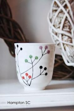 Cerámica japonesa by lenore - Adnan Beg Ceramic Cups, Ceramic Pottery, Ceramica Artistica Ideas, Tassen Design, Keramik Design, Pottery Painting Designs, Pottery Videos, Paint Your Own Pottery, Art Diy