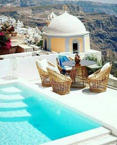Santorini Santorini House, Santorini Island, Santorini Greece, Vacation Trips, Dream Vacations, Vacation Spots, Vacation Packages, Cool Landscapes, Future Travel