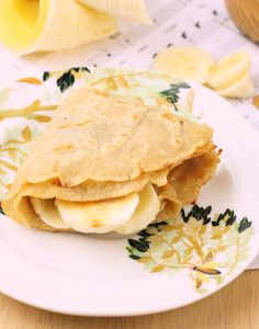 The Best Healthy Crepes (Vegan/Gluten Free/Low Carb) Healthy Crepes, Healthy Snacks, Healthy Eating, Vegan Crepes, Clean Eating, Healthy Breakfasts, Healthy Desserts, Low Carb Crepe, Food Network Recipes
