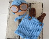 Baby Aviator hat and shorts set with braces and felt goggles.  baby aviator outfit.  Baby flying hat.  Baby pilot hat. Pilot shorts set