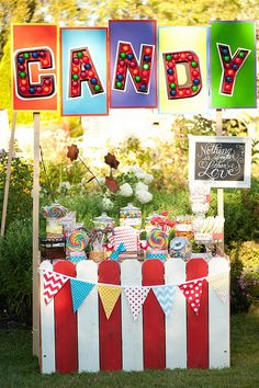 Circus Party - Candy Booth for a school carnival etc. Circus Carnival Party, Circus Theme Party, Carnival Birthday Parties, Circus Birthday, First Birthday Parties, Birthday Party Themes, Carnival Food, Carnival Wedding, Birthday Ideas