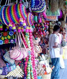 This is the Oaxaca-Today page for Oaxacan Arts and Crafts Pink Chocolate, Mexican Dresses, Craft Markets, Clay Figures, Shopping Day, Mexican Style, Paint Furniture, Mexico City, Rainbow Colors