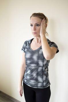 cviky na krčnú chrbticu v sede Pilates, Ruffle Blouse, Body Fitness, Women, Fashion, Diet, Pop Pilates, Moda, Fashion Styles