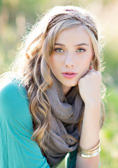 Senior Picture - Solo - Model - Portrait Photography - Fashion