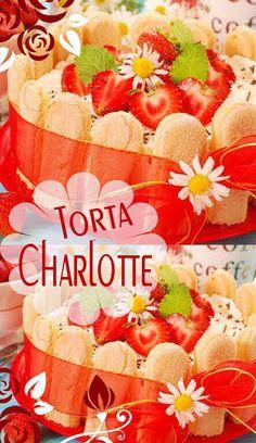 La Charlotte è un dolce al cucchiaio di origine francese, una specie di scatola di savoiardi o lingue di gatto con all'interno una bavarese alla vaniglia.