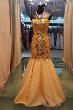 Sexy tight-fitting gold sequined elegant evening dresses,$224.85.