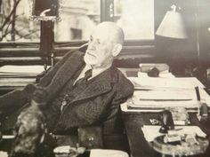 Sigmund Freud Sigmund Freud, German Language, Deities, Aunt, Writers, Psychology, Anthropologie, Icons, Thoughts
