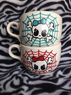 Large 20 ounce tattoo coffee cup orange or blue drippies ceramic pottery OHIO USA
