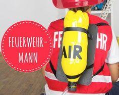 Feuerwehr Kostüm - DIY - Selbstgemachtes Zubehör: http://www.limmaland.com/2016/01/14/kinderkost%C3%BCme-selber-machen-feuerwehrmann-sam/