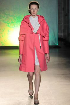 MM6 Maison Martin Margiela Spring 2014 Ready-to-Wear Collection Slideshow on Style.com