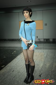 Cutest female Spock ever!               http://www.geekxgirls.com/images/fanexpovancouver2013/fan_expo_vancouver_2013_10.jpg