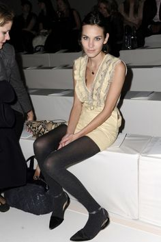Alexa Chung in Valentino - At the Valentino Autumn/Winter 2011-2012 Fashion Show in Paris.  (March 2011)