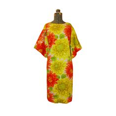 Vintage 1960s 60s Dress - Hawaiian Floral Dahlia Print Large. $55.00, via Etsy.