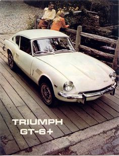 Triumph My Triumph Old Sports Cars, British Sports Cars, Triumph Motor, Triumph Cafe Racer, Classic Cars British, Triumph Spitfire, Car Pictures, Car Pics, Car Advertising