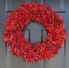 Red Hot Chili Pepper Wreath, Mantle Wreath, Wall Decor, Kitchen Herb Wreath, Southwest Decor, 24 inch Large Dried Floral Wreath