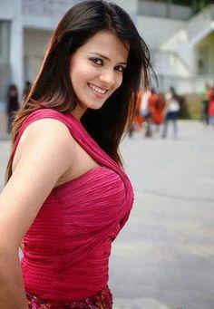 Saloni Aswani Stills Saloni Aswani, Beauty Full Girl, Beauty Women, India Beauty, Asian Beauty, Thing 1, Hot Brunette, Beautiful Girl Indian, Love
