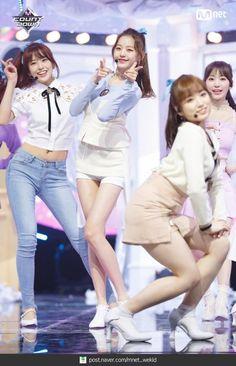 Jang Wooyoung, Japanese Girl Group, K Idol, Kpop Outfits, Girl Day, Ulzzang Girl, Kpop Girls, Korean Girl, Girl Fashion