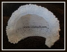 You will not only find a free vintage baby bonnet crochet pattern on this page, but also my favourite collection of go-to easy bonnet patterns. Includes most popular designs for new mums for baby. Crochet Baby Bonnet, Crochet Baby Hat Patterns, Crochet Baby Booties, Baby Patterns, Crochet Hats, Crochet Ideas, Crochet Tutorials, Knit Hats, Crochet Bunny