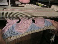 Entrelac sample, machine Knitting