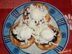 České lívance Eggs, Breakfast, Food, Basket, Morning Coffee, Essen, Egg, Meals, Yemek