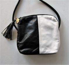 Vintage Anne Klein ll leather shoulder bag by jewelryandthings2