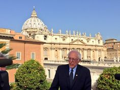 "#union #occupy #BLM #SDF #tlot #p2   [VIDEO] Bernie Sanders Meets Pope Francis During Visit to Vatican City  http://www.nbcnews.com/news/world/bernie-sander-meets-pope-francis-during-visit-vatican-city-n556991   Democratic presidential hopeful Bernie Sanders met with Pope Francis in the Vatican on Saturday, calling the short visit an ""honor and a joy.""  ""Today certainly was the highlight of the trip,"" Sanders told NBC News of his 6 a.m. (midnight ET) meeting with the pontiff outside..."
